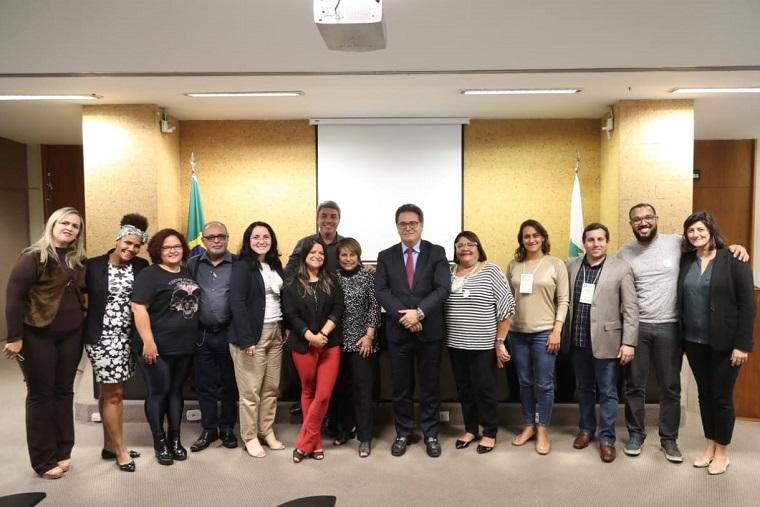 """Interlocutores estaduais entregam """"Carta de Brasília"""""""